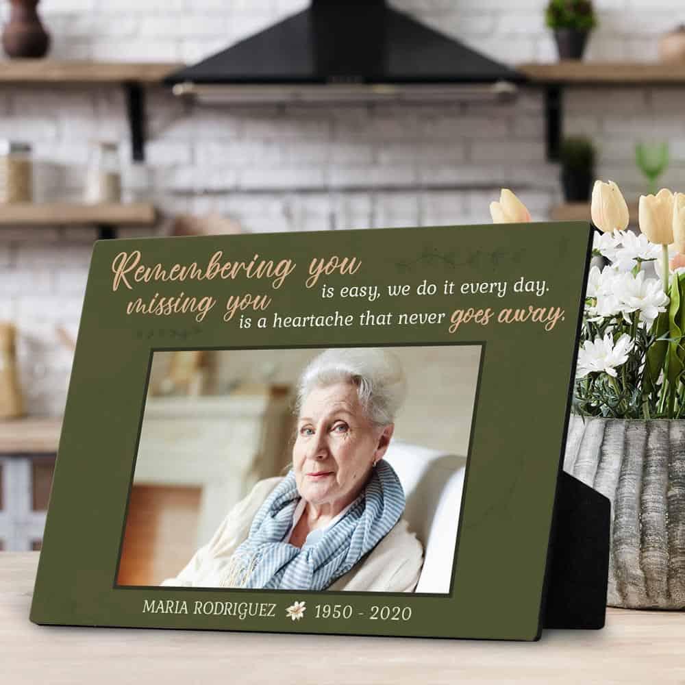 a desktop photo plaque as a memorial photo gift