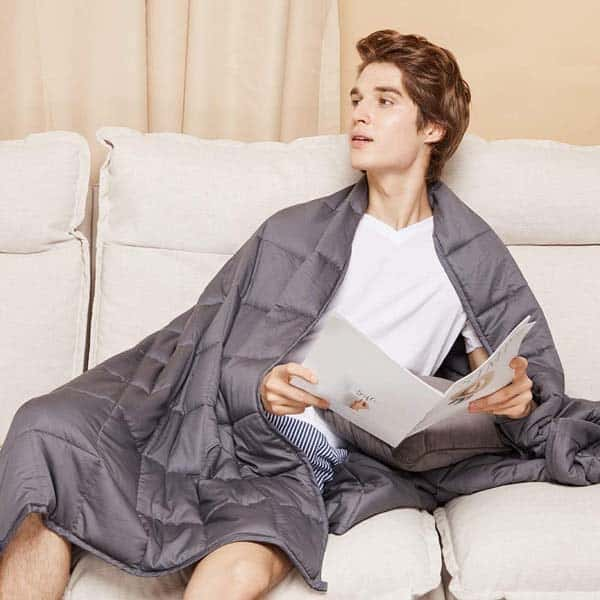 thoughtful gifts for boyfriend: Weighted Blanket