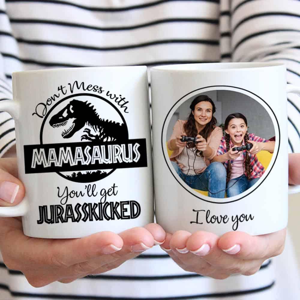 a funny coffee mug as a gift for mom's birthday
