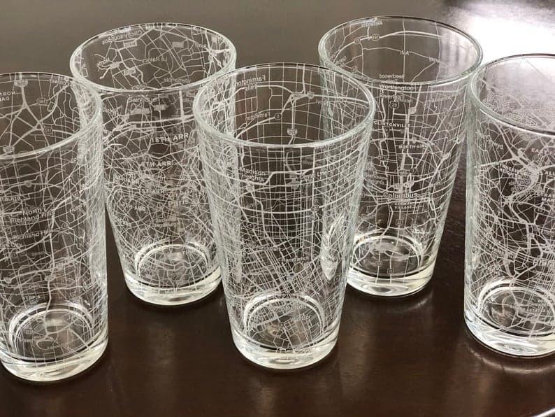urban city map pint glass