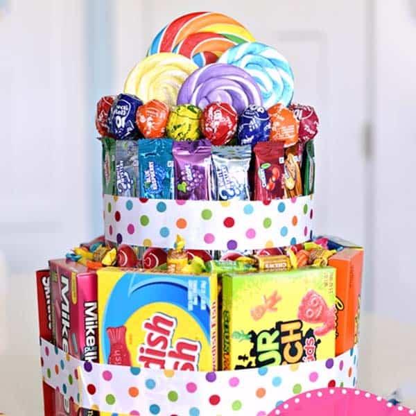 handmade gifts for girlfriend: DIY Candy Cake