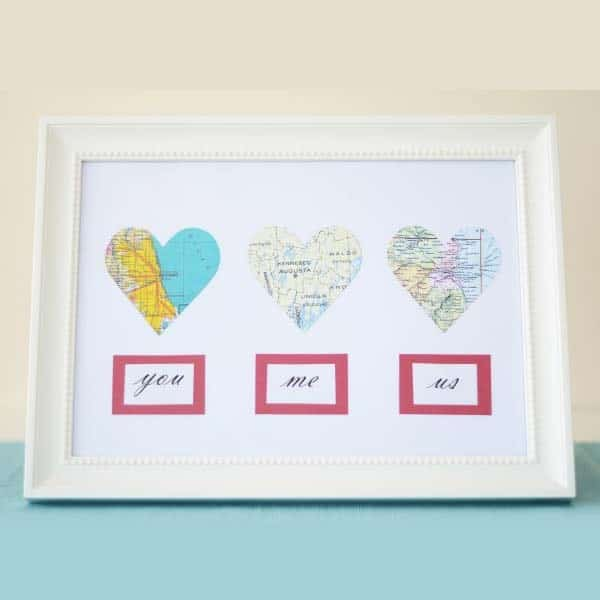 gift to make your girlfriend: DIY Map Hearts