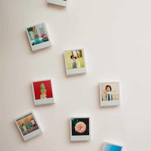 gift to make your girlfriend: DIY Mini Polaroid Magnets