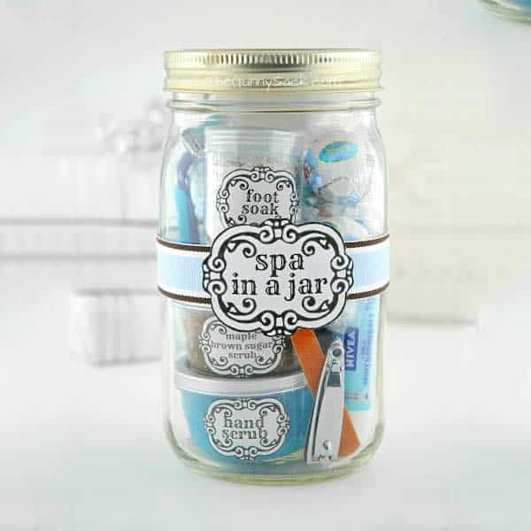 creative things to do for your girlfriend: Handmade Spa In A Jar
