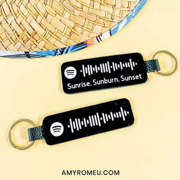 crafty gift ideas for girlfriend: Leather Spotify Code Keychain