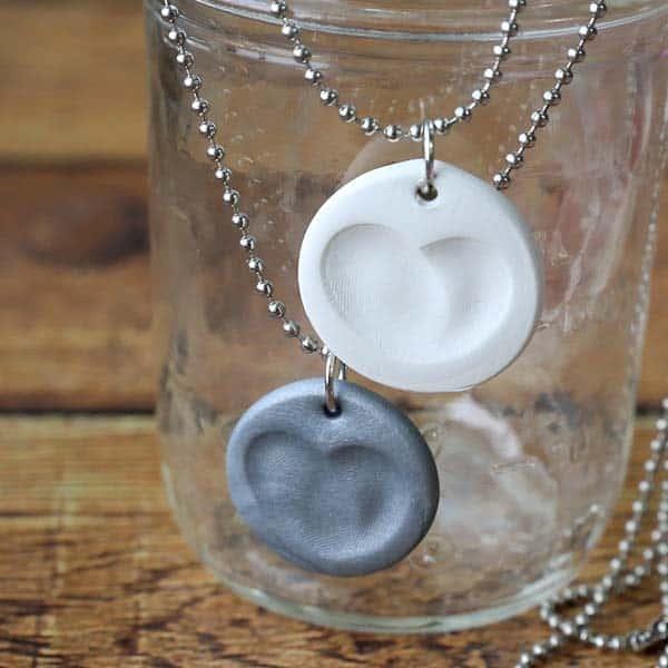 Super Easy Fingerprint Necklace