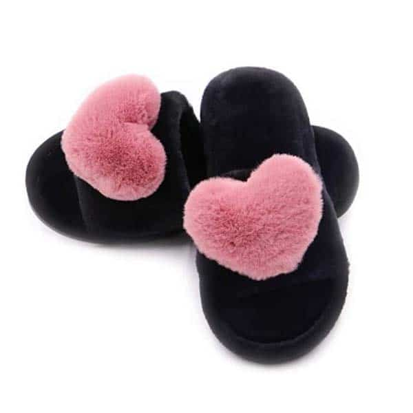 good anniversary gifts for girlfriend: Slippers