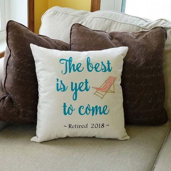 Beach Chair Pillow: gifts for retired mom