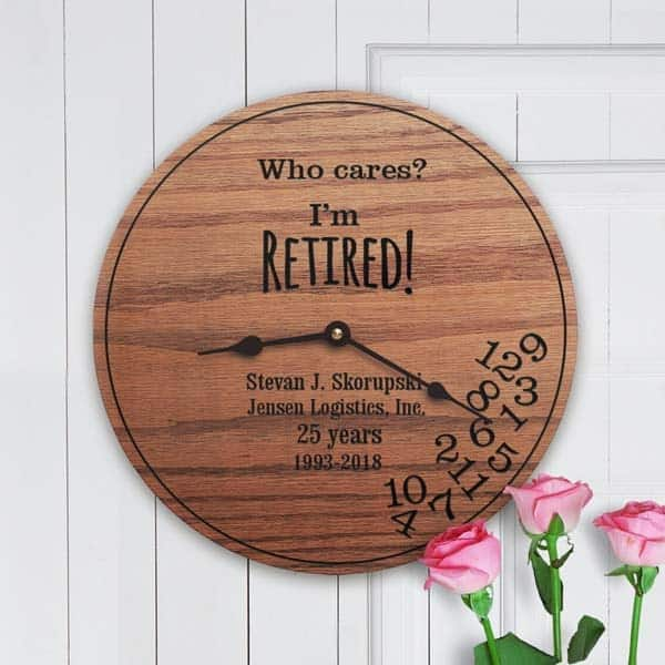 Funny Clock: gifts for retired mom