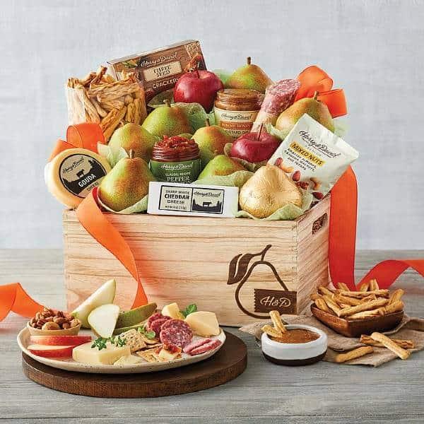 Grand Signature Basket Family Gift Ideas