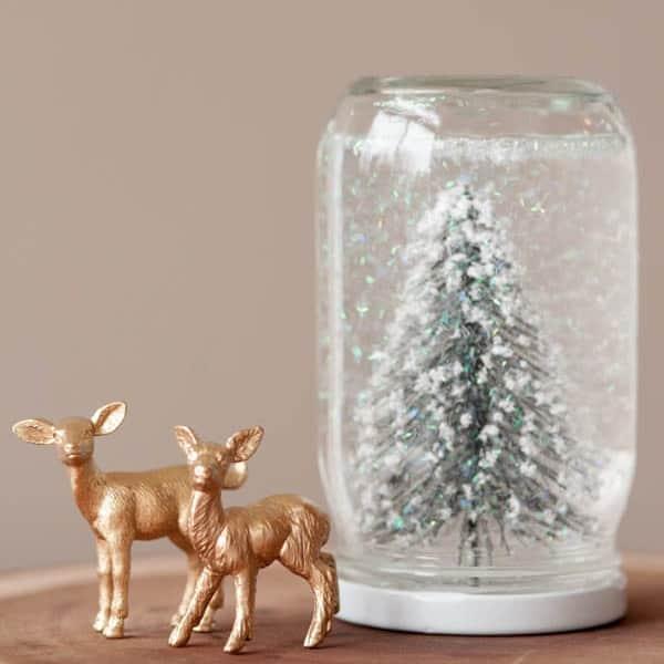 DIY Christmas Gifts - DIY Snow Globes