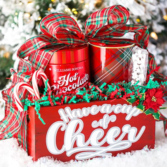 DIY Christmas Gifts - Hot Chocolate Gift Basket