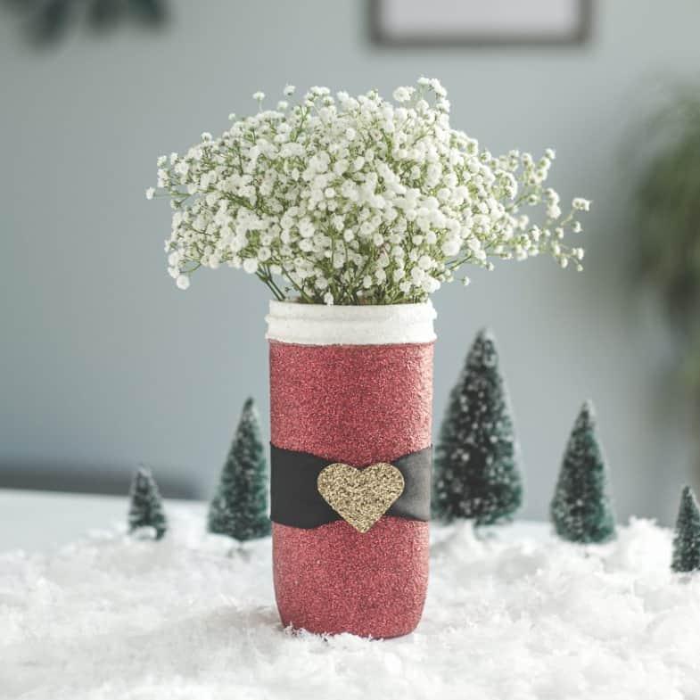 DIY Christmas Gifts - Glitter Santa And Snowmen Jar
