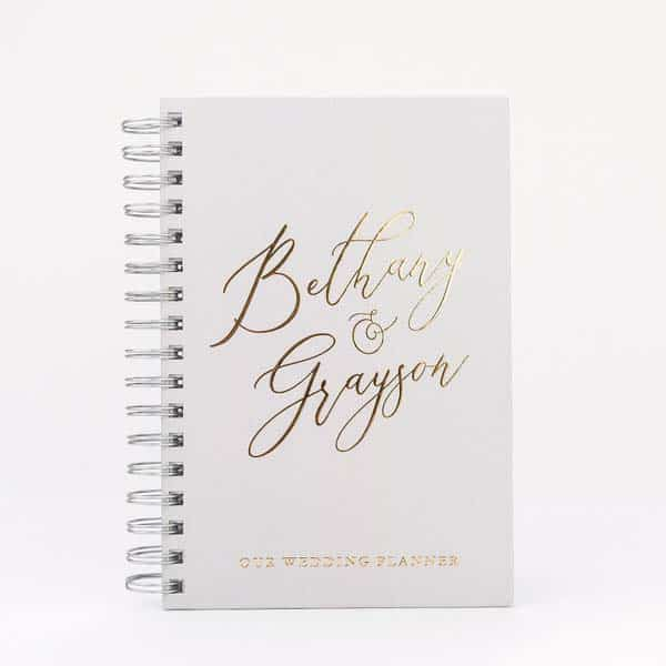 gifts for fiance her him: Wedding Planner Book