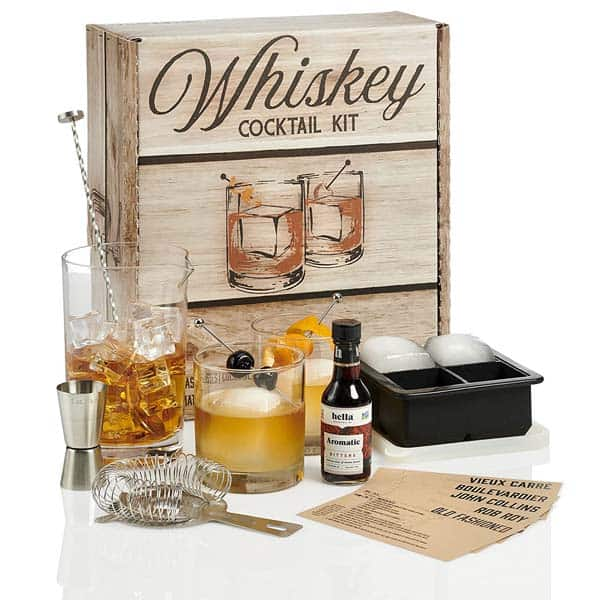 christmas gifts for fiance: Whiskey Cocktail Kit